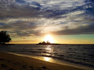 hawaii-honolulu-oahu-voyage-coucher-de-soleil-waialee-beach-kukaimanini-island-north-shore-3