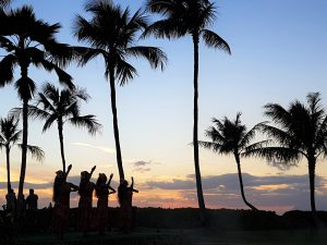 hawaii-honolulu-oahu-voyage-luau-paradise-cove-danse
