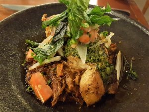 hawaii-honolulu-oahu-voyage-mw-restaurant-plat-porc-confit