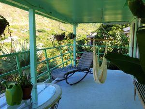 hawaii-honolulu-oahu-voyage-terrasse-appartement-airbnb